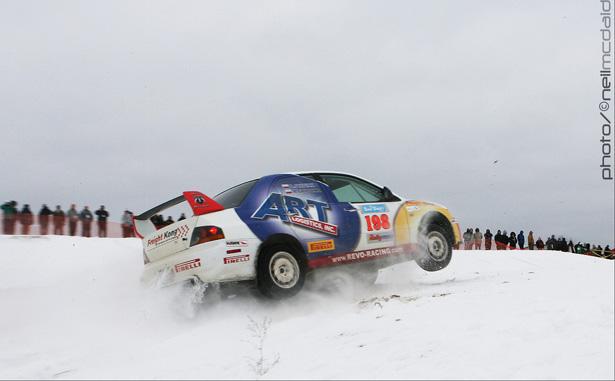 Arkadiusz Gruszka & Dominik Jozwiak launching off a jump - ©Neil McDaid