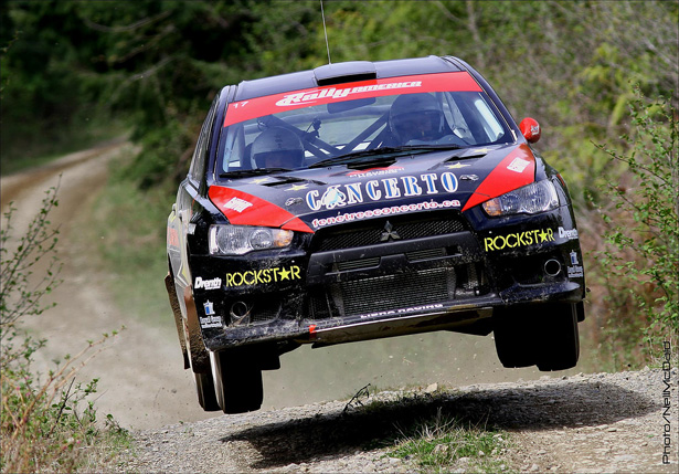 Antoine L'Estage & Nathalie Richard jump their EVO X - ©Neil McDaid