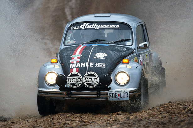 VW Bug Rally Water Splash at 100AW - ©Arthur Partyka